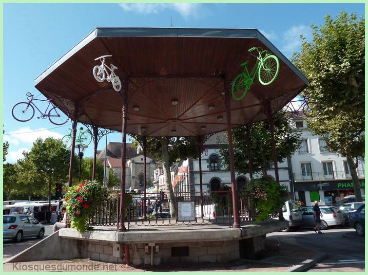Saint-Pourçain kiosque 7