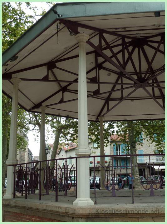 Villefranche de Rouergue kiosque 08