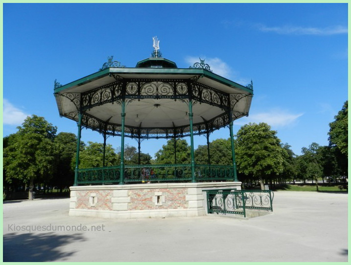 Châlons-en-Champagne kiosque 16