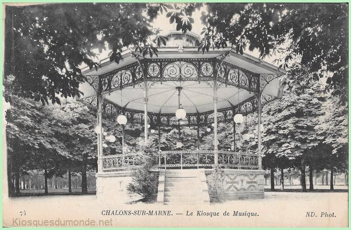 Châlons-en-Champagne kiosque 17