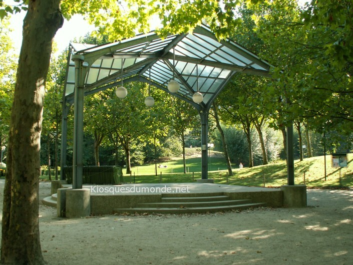 Paris (Brassens) kiosque