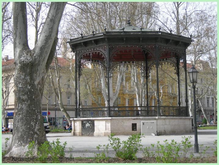 Zagreb kiosque 02