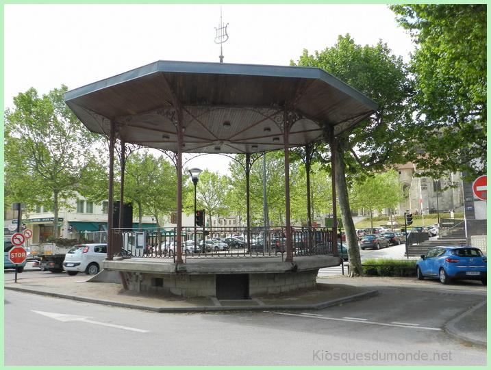 Saint-Pourçain-sur-Sioule kiosque 10