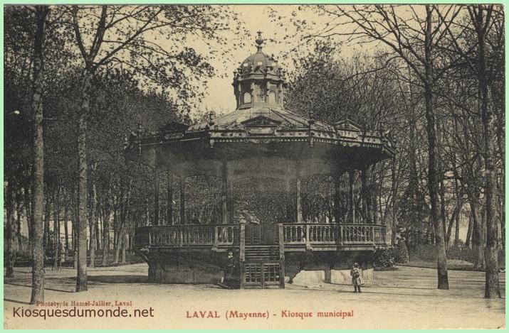 laval-kiosque-01