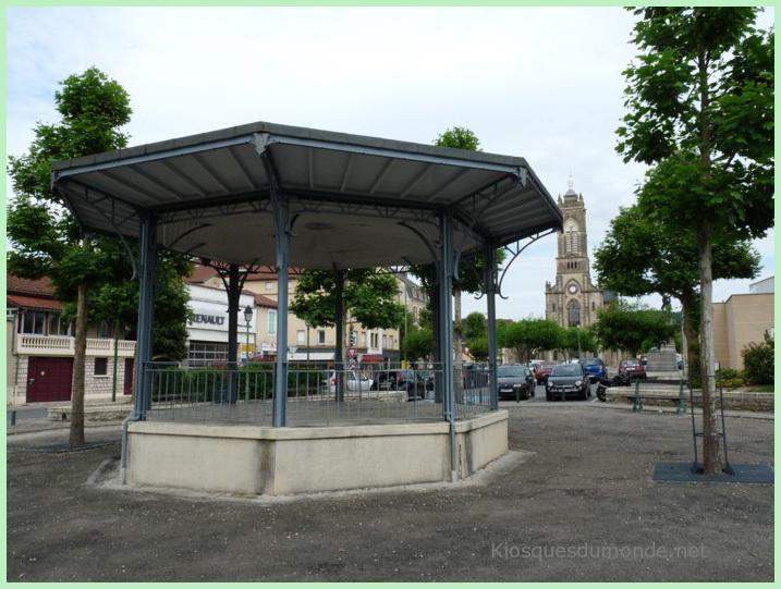 Capdenac-Gare kiosque 01