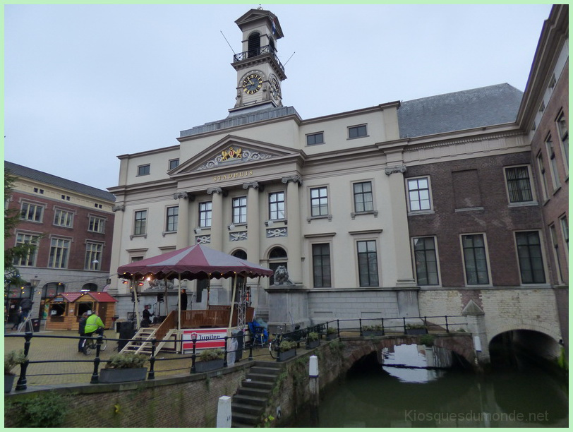Dordrecht kiosque 01