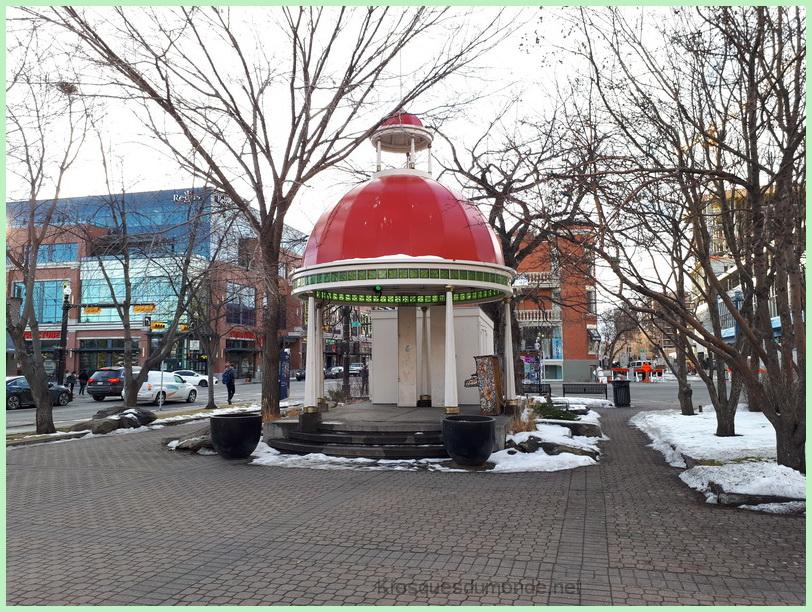 Calgary (Tomkins) kiosque 01