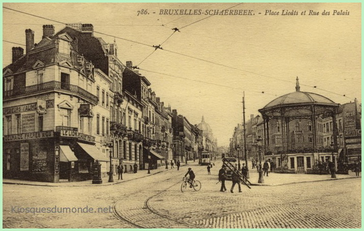 Schaerbeek (place) kiosque 01