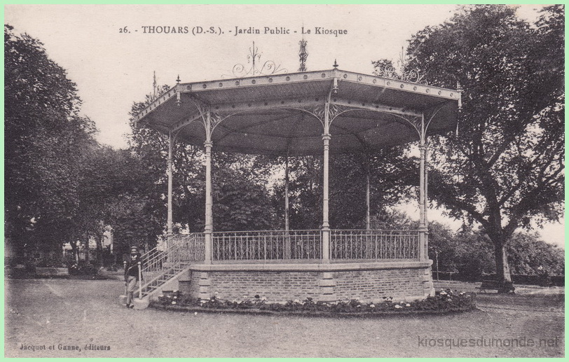 Thouars kiosque 01