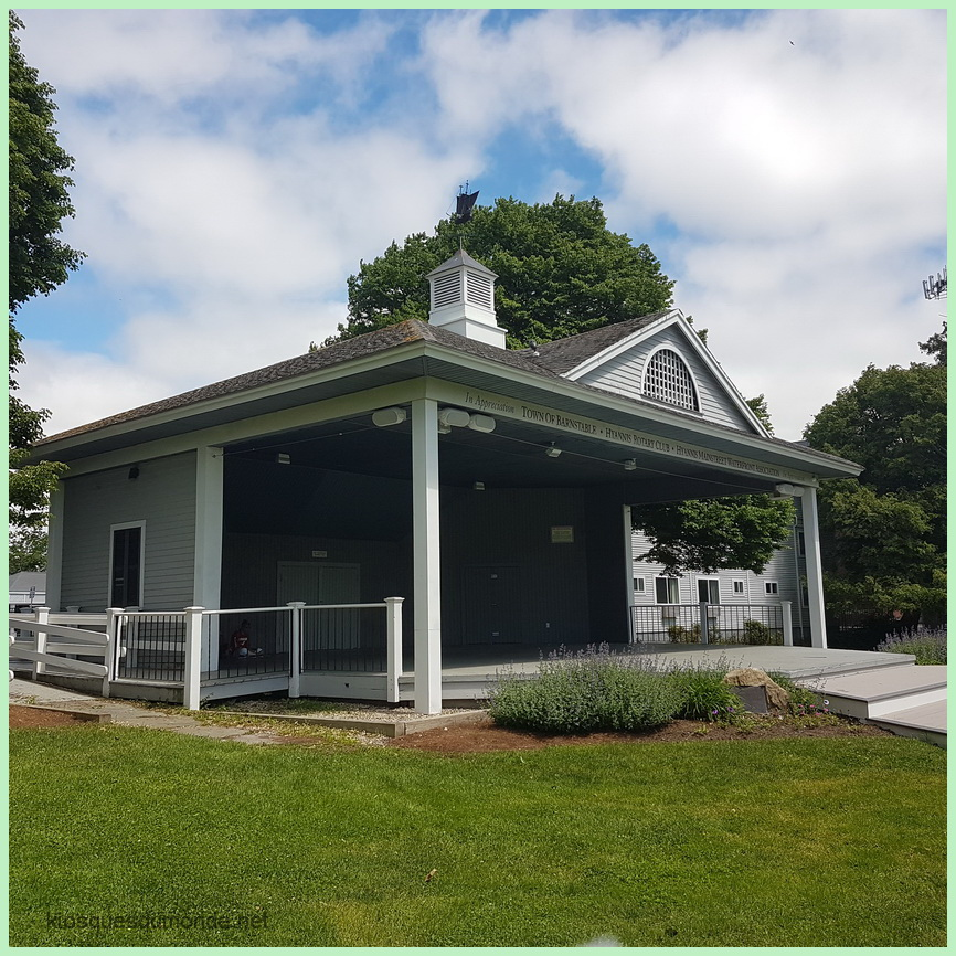 Hyannis (Barnstable) kiosque 02
