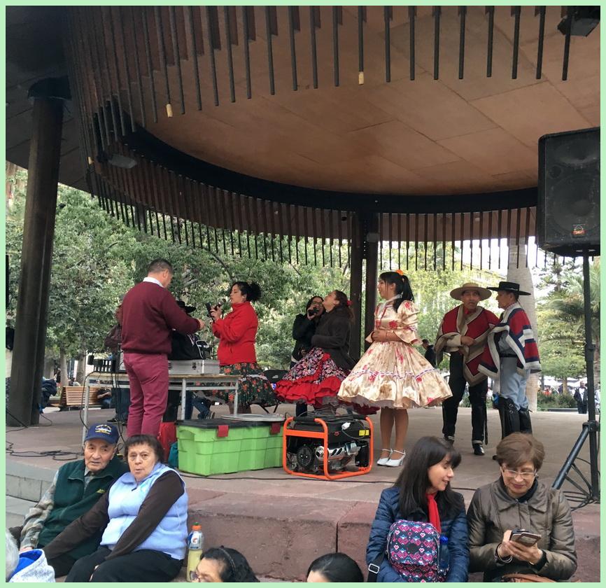 Santiago de Chile fête kiosque 02