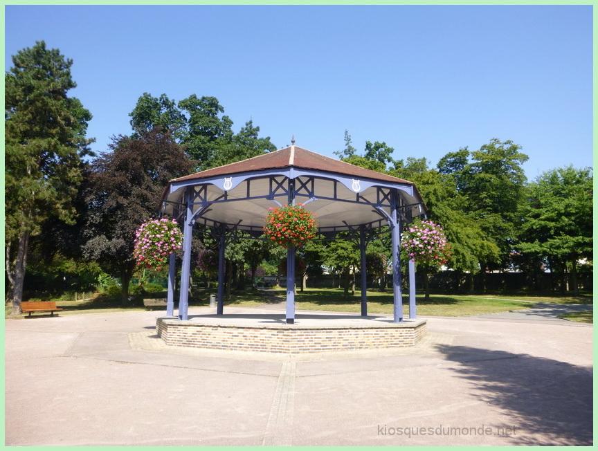 Saint-Etienne-du-Rouvray kiosque 02